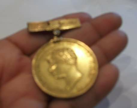 God medal